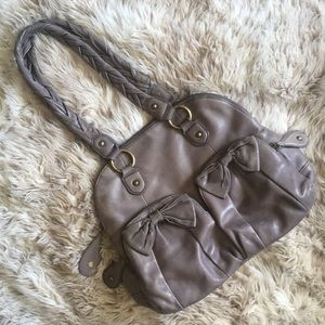 Isabella fiore gray leather bow shoulder bag